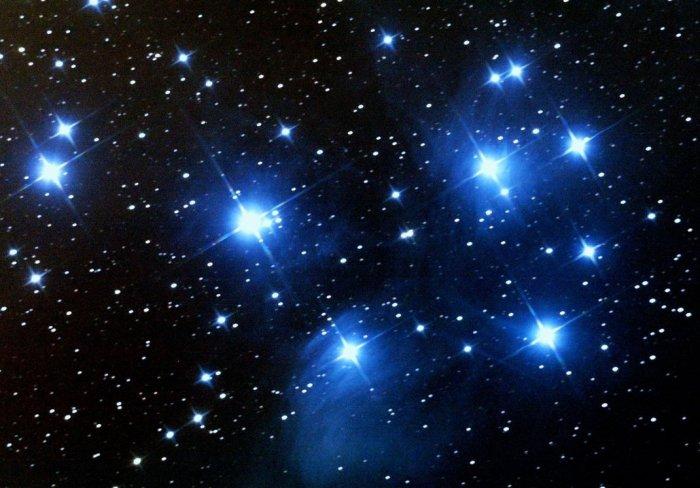 pleiades_star_cluster_by_izoold-d4oi4qw