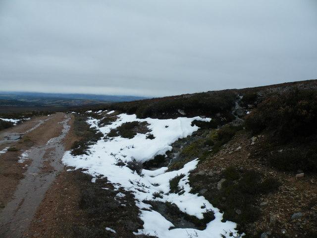 Snow_Melt_coming_Off_Beinn_Bhuidhe_Mhor_-_geograph.org.uk_-_1032813